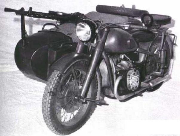 Боевой мотоцикл Урал М-72