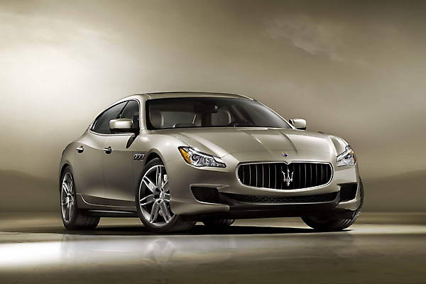 Фото новой Maserati Quattroporte